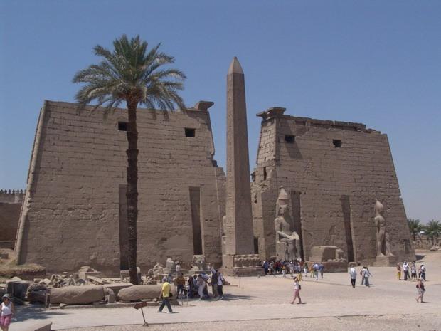Луксорський храм
