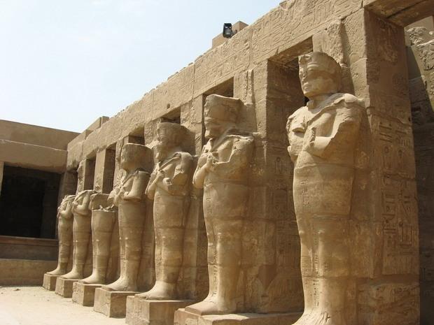 Карнакський храм
