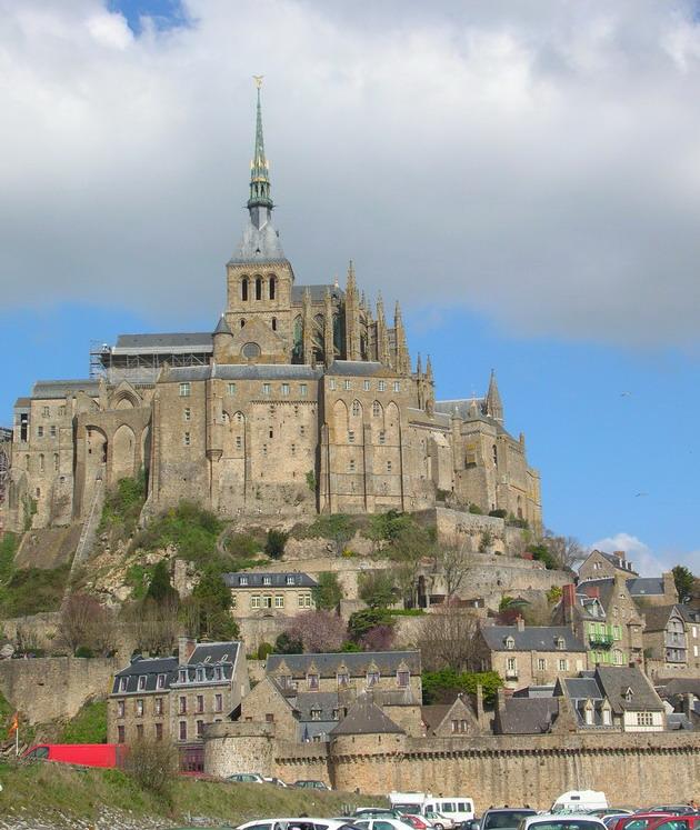 Замок Мон-Сен-Мішель - один з найромантичніших замків старого світу (4)