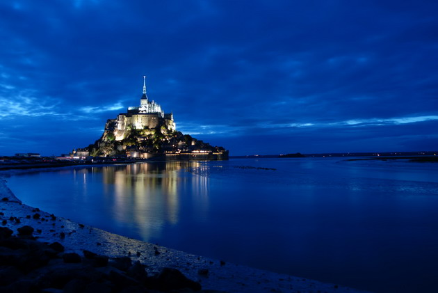 Замок Мон-Сен-Мішель - один з найромантичніших замків старого світу (9)