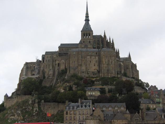 Замок Мон-Сен-Мішель - один з найромантичніших замків старого світу (11)