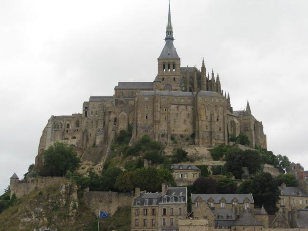Замок Мон-Сен-Мішель - один з найромантичніших замків старого світу (17)