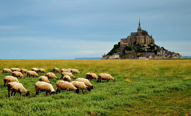Замок Мон-Сен-Мішель - один з найромантичніших замків старого світу (18)