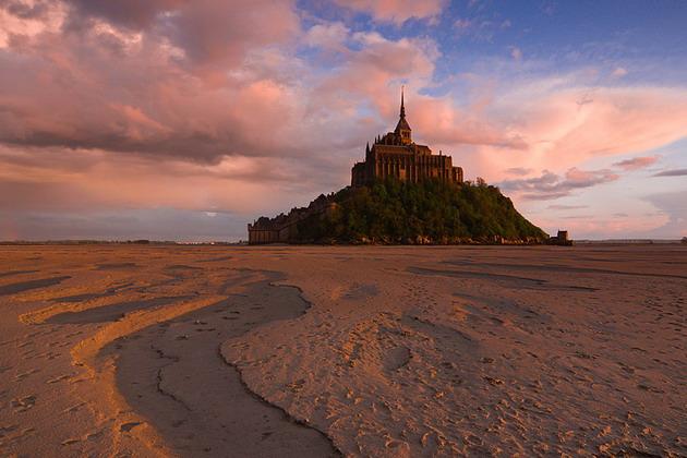 Замок Мон-Сен-Мішель - один з найромантичніших замків старого світу (20)