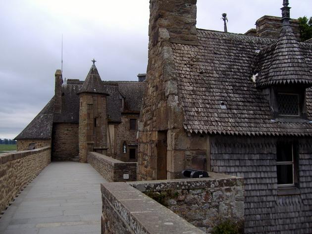 Замок Мон-Сен-Мішель - один з найромантичніших замків старого світу (22)