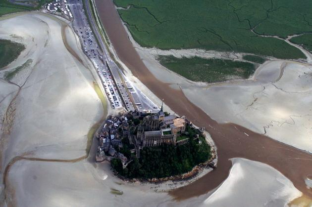 Замок Мон-Сен-Мішель - один з найромантичніших замків старого світу (1)