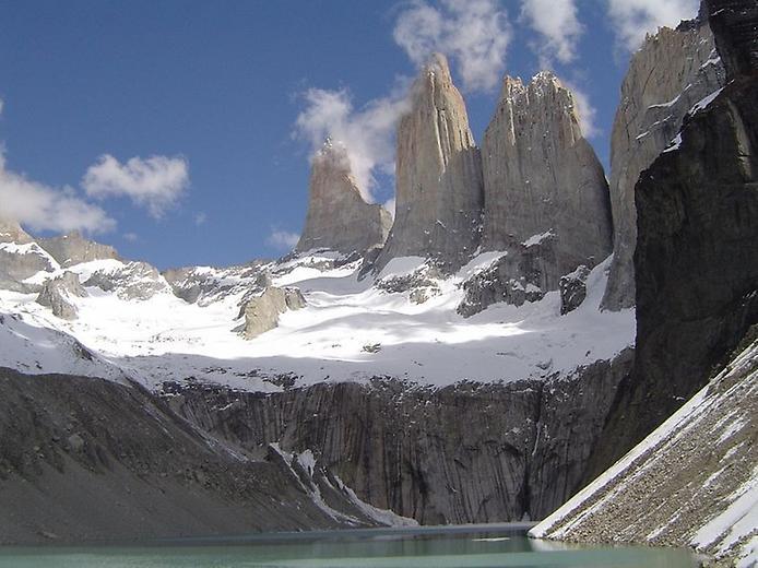 Гранітні шпилі Торрес-дель-Пайне (1)