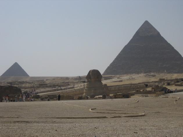 Піраміди Гізи та безмовний сфінкс (16)