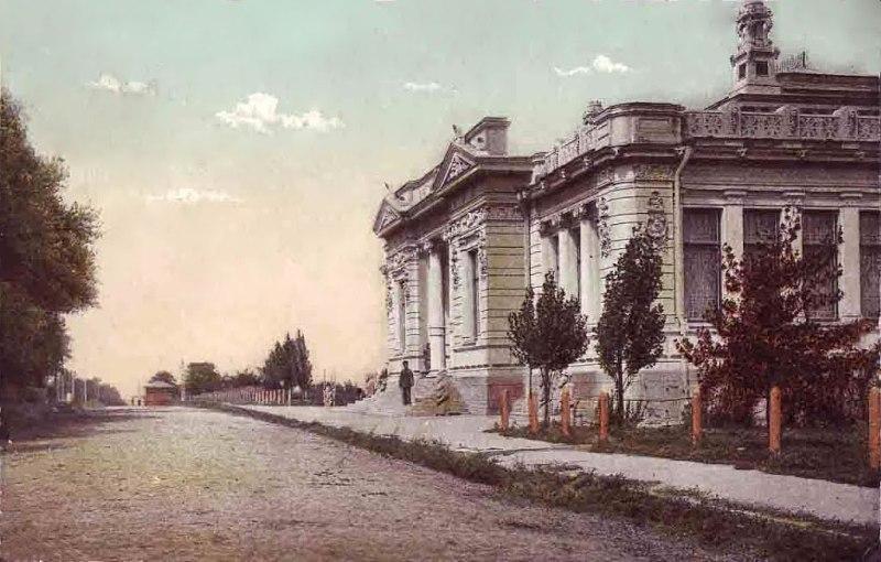 Приміщення музею. Початок ХХ ст. фото Yuri O.