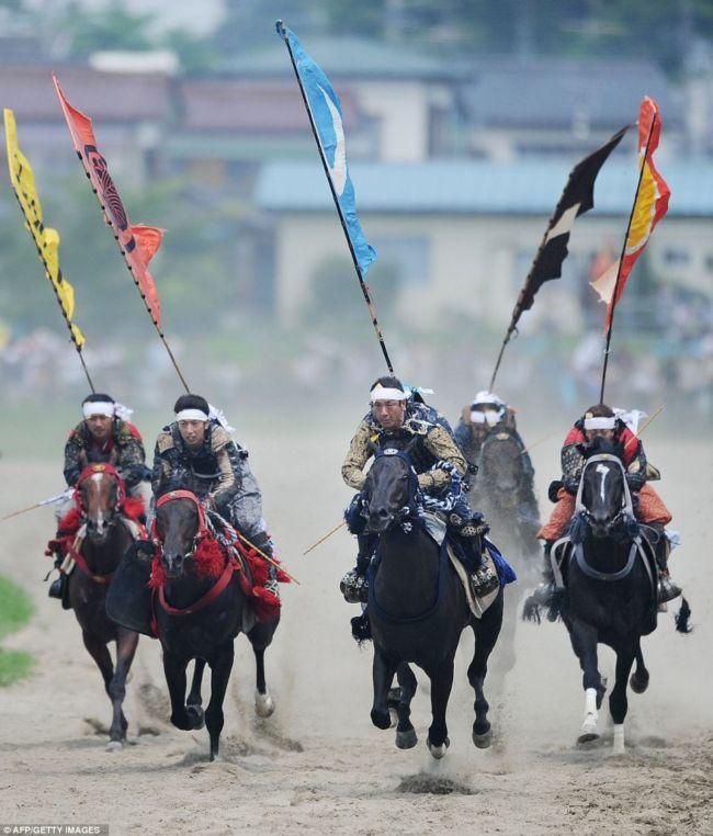 Фестиваль самураїв Soma Nomaoi (Японія) (6)