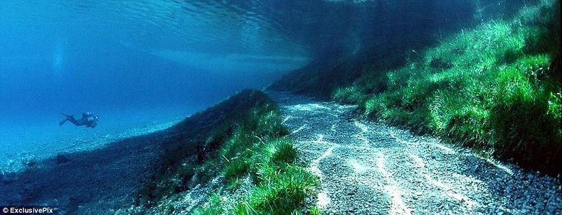 Грюнер Зее: Парк, який перетворюється на озеро (2)