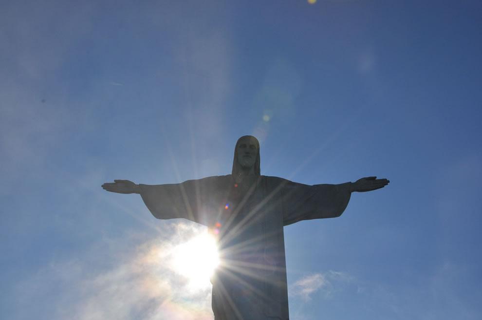 Статуя Христа Спасителя в Ріо-де-Жанейро, Символ Бразилії (6 фото + текст) (6)