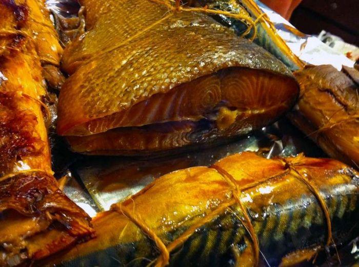 Копчену рибу роблять за допомогою рідкого диму - найсильнішого канцерогену, забороненого в багатьох країнах світу.