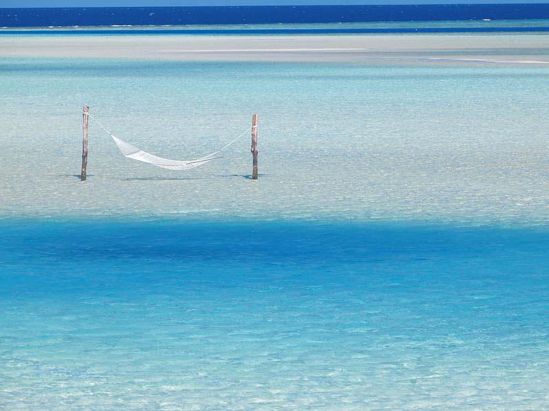 25 місць ідеальних для того, щоб полежати в гамаку (Мальдіви.)