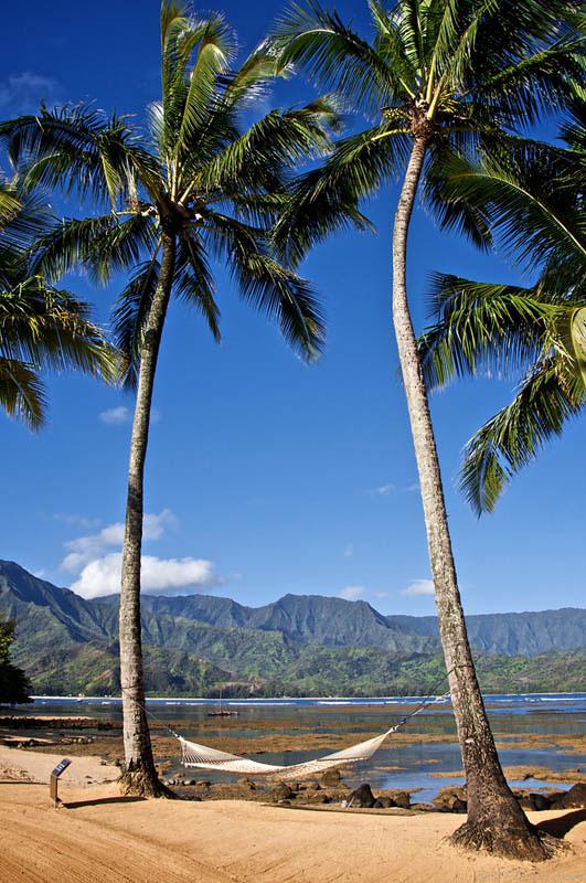 25 місць ідеальних для того, щоб полежати в гамаку (Кауаї, Гаваї.)