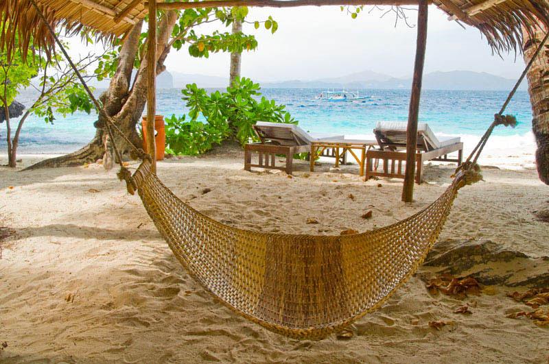 25 місць ідеальних для того, щоб полежати в гамаку (Нідо, Філіппіни.)