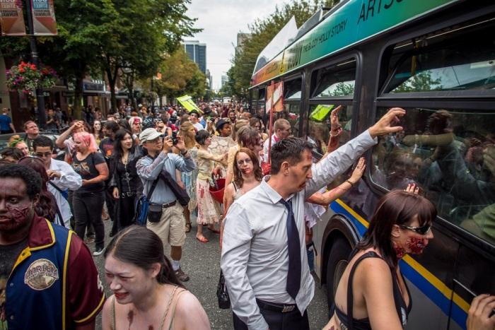 Zombie Walk 2012 в Ванкувері (15 фото) (8)