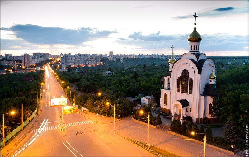 Харків - вид з дахів (Храм 2000-річчя Різдва Христового.)