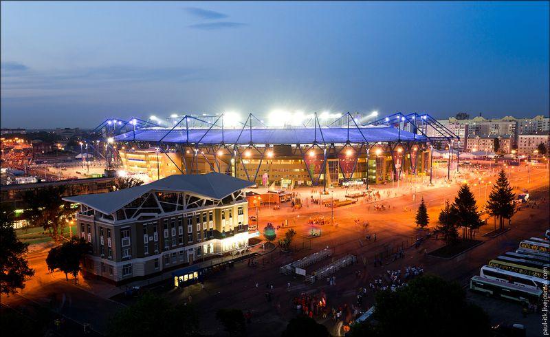 Харків - вид з дахів (Стадіон Металіст під час матчу ЄВРО-2012.)