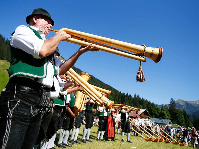 Фестиваль альпійських рогів (7)