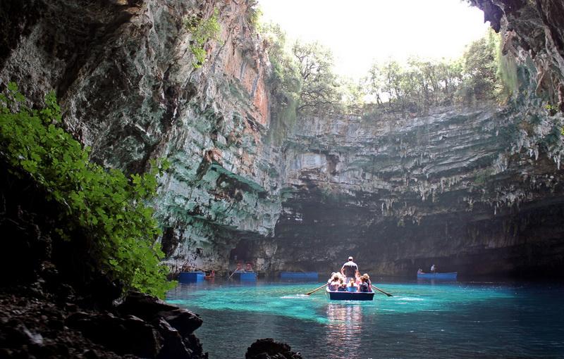 Печера Меліссані (8 фото) (8)