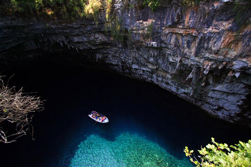 Печера Меліссані (8 фото) (6)