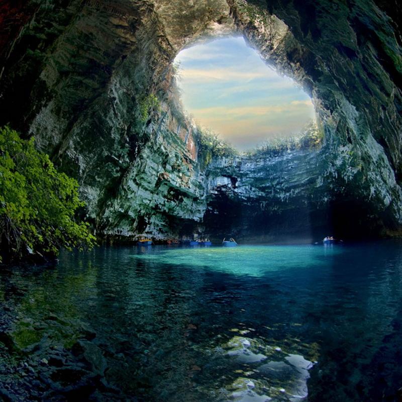 Печера Меліссані (8 фото) (4)
