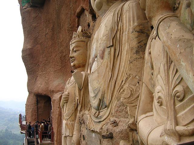 Печери Майцзішань. Скарб Китаю (3)