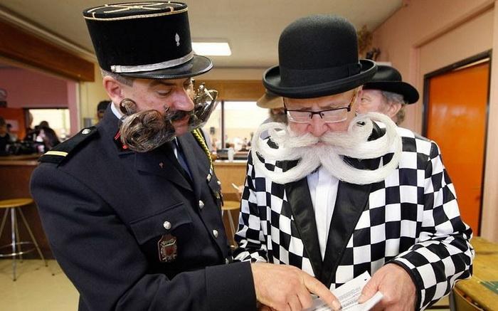Вуса і борода - головне чоловіче достоїнство. Бородані на чемпіонаті у Франції (3)