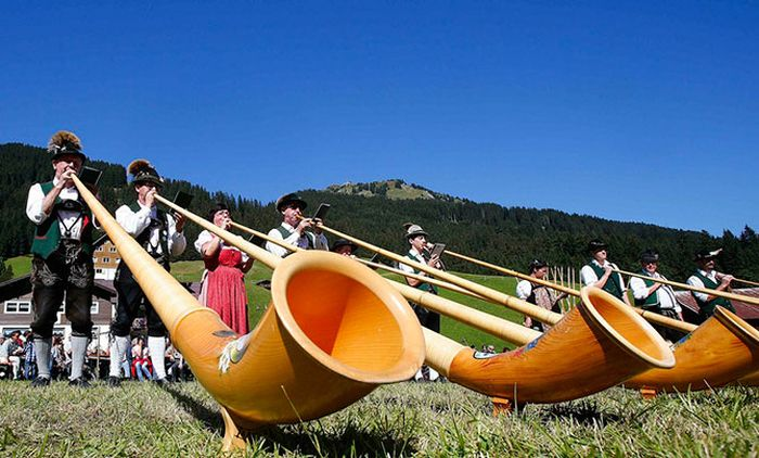 Фестиваль альпійських рогів (1)