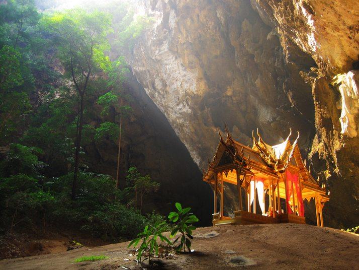 Печерний павільйон Кхао Сам Рой Ет (1)