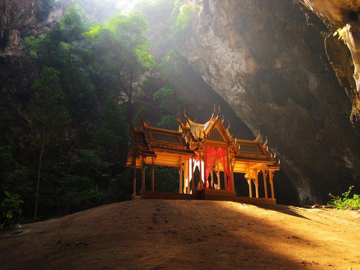 Печерний павільйон Кхао Сам Рой Ет (2)