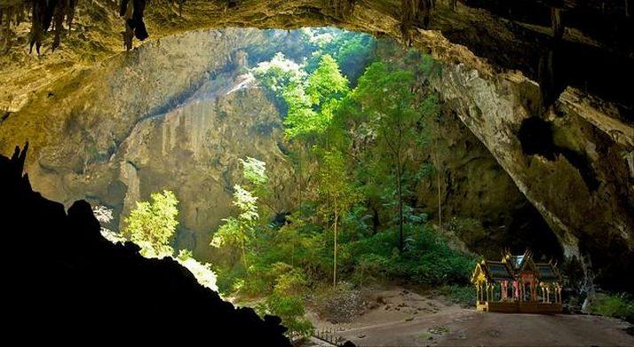 Печерний павільйон Кхао Сам Рой Ет (4)