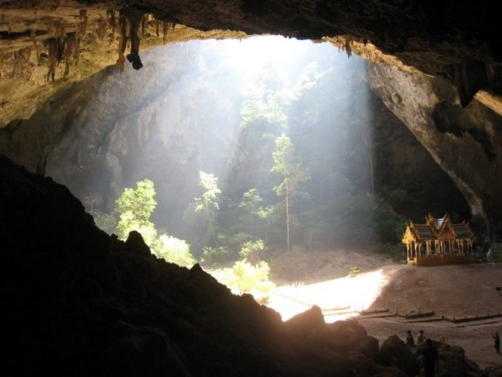 Печерний павільйон Кхао Сам Рой Ет (7)