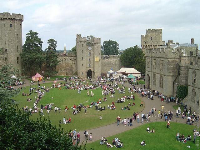 Уорікський замок (Warwick Castle), Англія. (1)