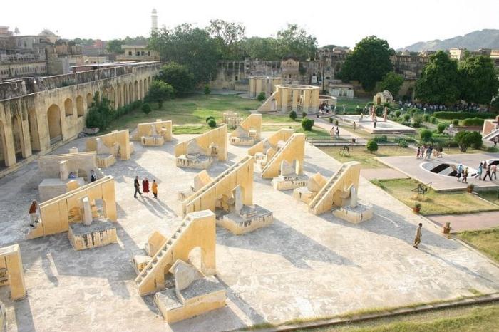 """Архітектурне диво: """"Jantar Mantars"""" - стародавній комплекс обсерваторій в Індії (2)"""