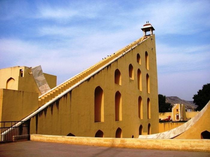 """Архітектурне диво: """"Jantar Mantars"""" - стародавній комплекс обсерваторій в Індії (3)"""