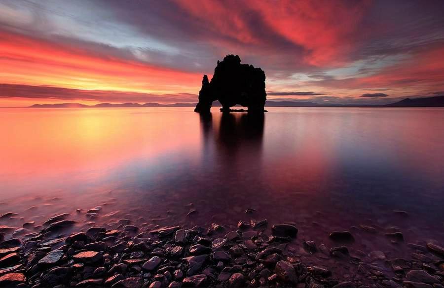 Містична скеля Хвітсеркур (Hvitserkur) (10)