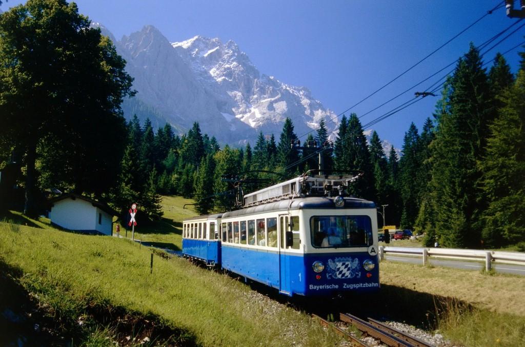 Альпійський містечко Гарміш-Партенкірхен (3)