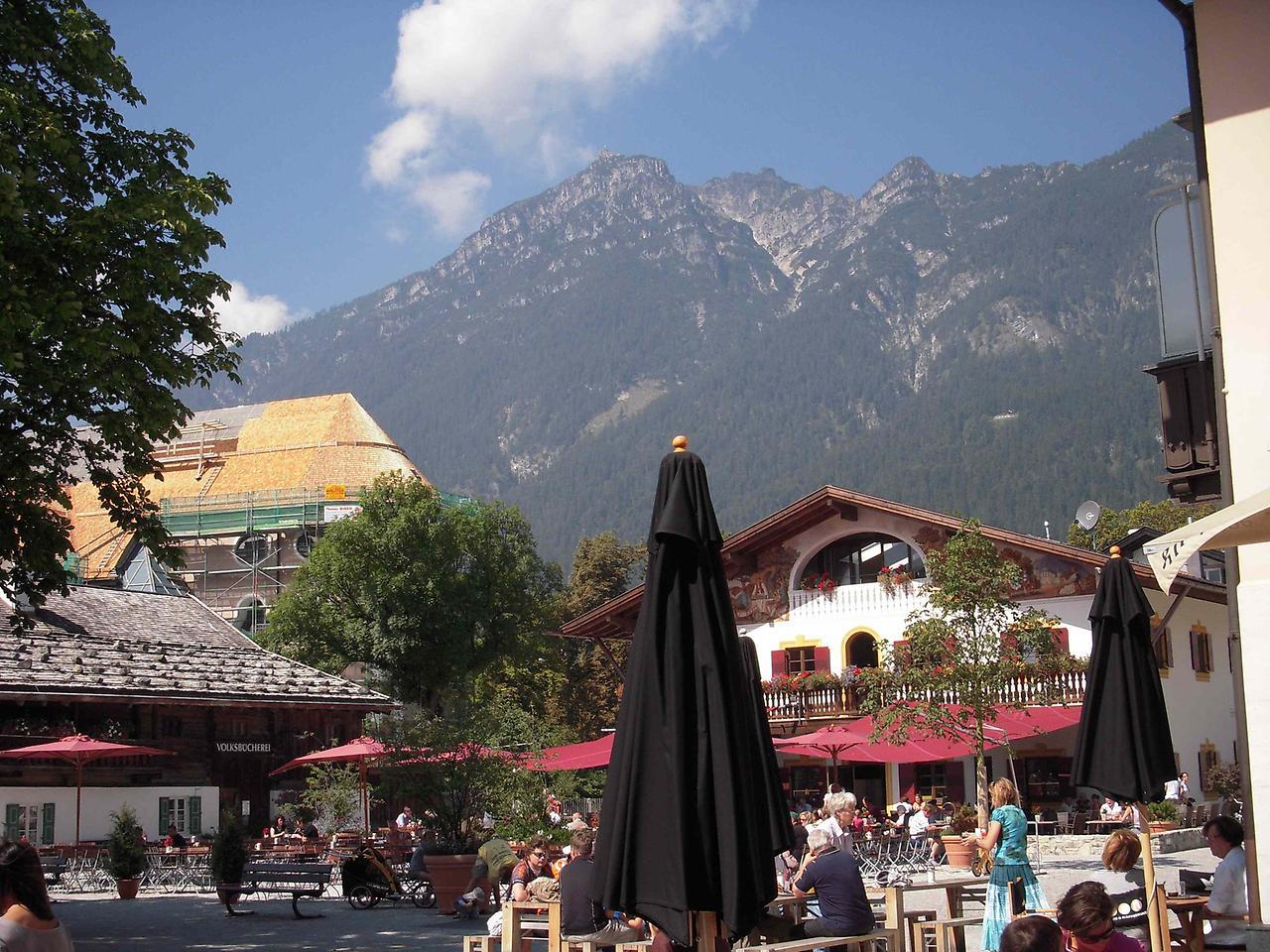 Альпійський містечко Гарміш-Партенкірхен (4)