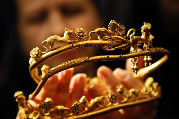 У Болгарії знайшли золото родини Олександра Македонського (2)