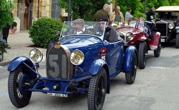 Італія: Mille Miglia - тисяча миль на ретро-автомобілі (8)