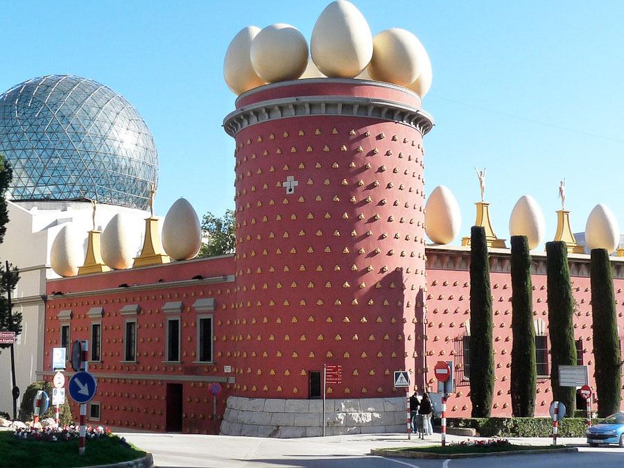 Топ-10. Найбільш незвичайні будинки в світі (ФОТО)