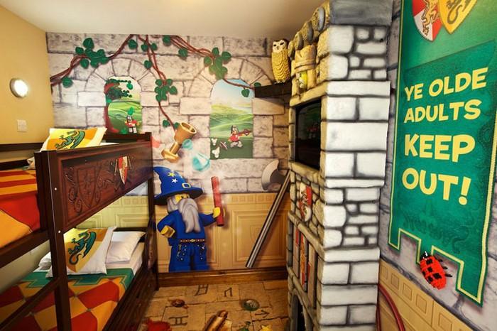 Legoland Hotel - готель в стилі відомого дитячого конструктора (3)