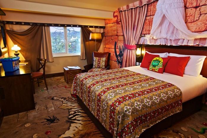 Legoland Hotel - готель в стилі відомого дитячого конструктора (4)