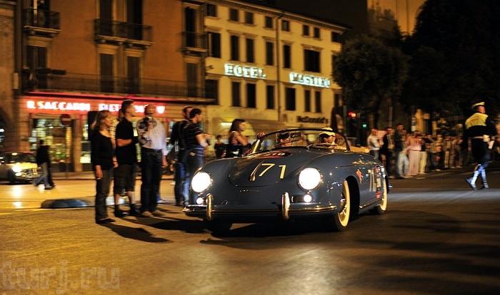 Італія: Mille Miglia - тисяча миль на ретро-автомобілі (1)