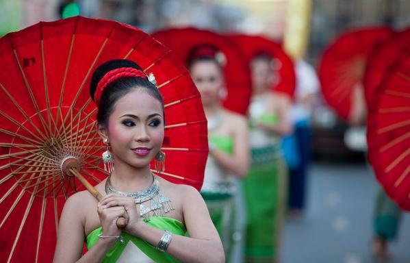 Фестиваль Лоі Кратонг в Таїланді (2)