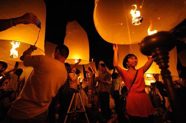 Фестиваль Лоі Кратонг в Таїланді (6)