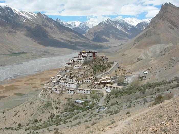 Буддійський монастир Ки гомпа - не те форпост, не то храм з тисячолітньою історією (1)