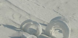 Вітряні витівки: снігові рулони - зимовий природний феномен (3)